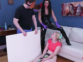 Kinky mistress in latex outfit puts on strapon with an increment of fucks anal cleft of tied up tow-haired