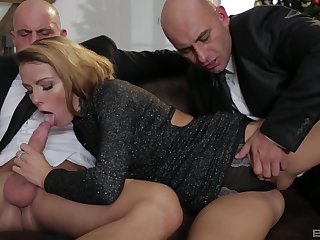 Classy blonde MILF Samantha Johnson takes two cocks together with cum shots
