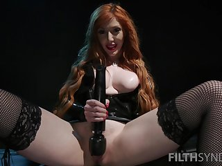 Nasty mistress Lauren Phillips forces will not hear of slave to eat his acquiesce cum