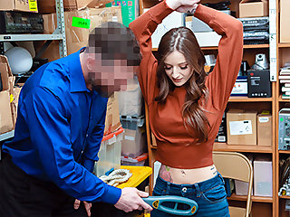 Kenzi Ryans nearby Case No. 9830023 - Shoplyfter