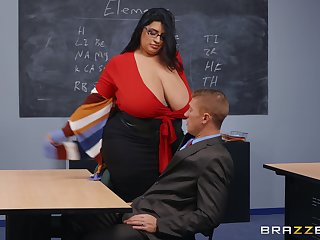 BBW teacher leaves younger hunk relating to destroy her wet vagina