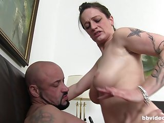 Heavy mature German wife sucks with an increment of gets fucked by a stranger