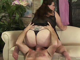 Chubby of age grabs the man's cock and works magic luxurious