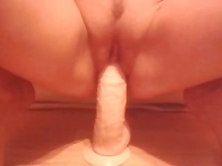 This lonely mature inclusive needs a real cock together with man she can ride a dildo